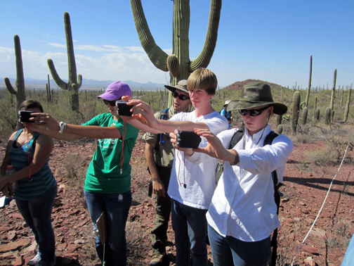 Arnold lab works with high school students in Saguaro National Park